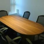 6名まで利用可能な会議室。